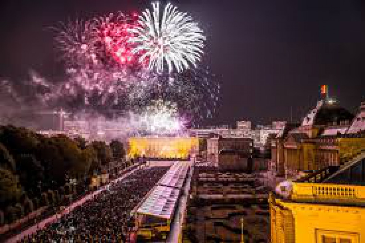Vier Nationale Feestdag in Brussel : feest in het Warandepark foto
