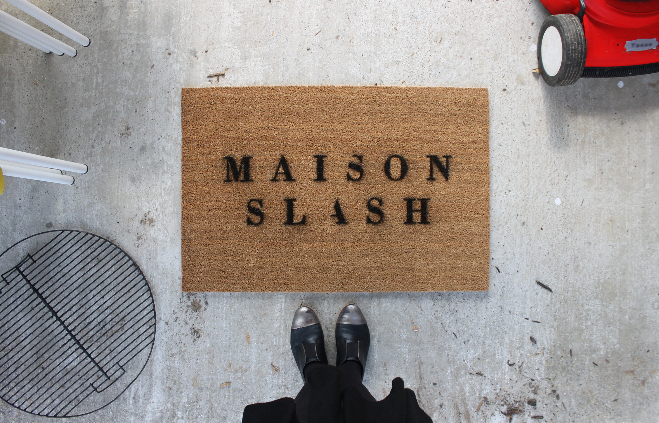 Maison Slash - Where the parents are alright!