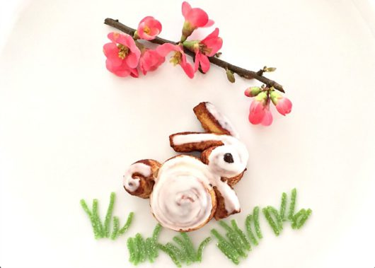 Baked-and-Glazed-Cinnamon-Roll-Baby-Bunny-Display-Photo-by-Vanessa-Greaves-650x465